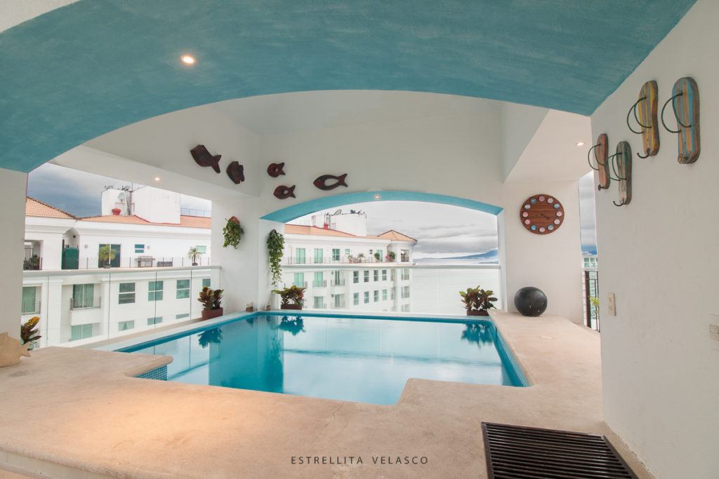 Grand Venetian Pent House for rent, Airbnb, Real state for rent, Photographer, fotógrafo de bienes raíces en Vallarta y Bahía de Banderas, Estrellita Velasco, Star the food tour guide, vallarta photo tours