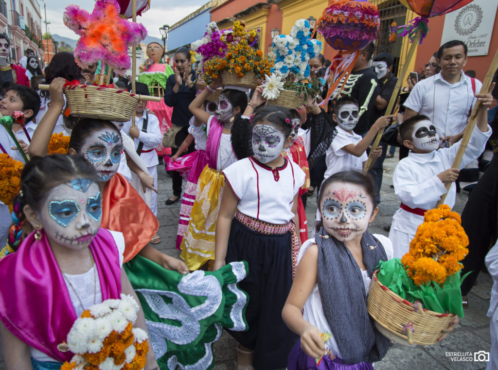 Mexico Photo Walks,  Mexico Photo tours,  Vallarta Photographers, Journey Mexico: Mexico´s Expert in Luxury Travel, Estrellita Velasco Photography, Star the Food Tour Guide, Tours by Star, Photography Workshop in Mexico, Comparsa de día de muertos, Day of the Dead